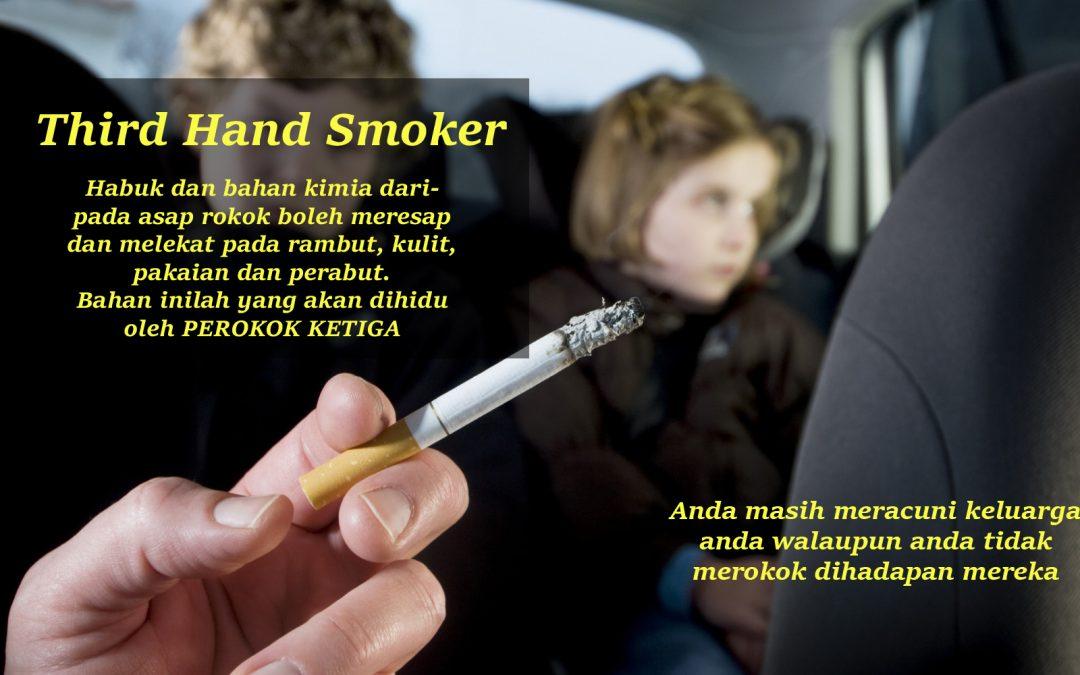 Walaupun anda tidak merokok dihadapan Isteri dan Anak, anda masih meracuni mereka