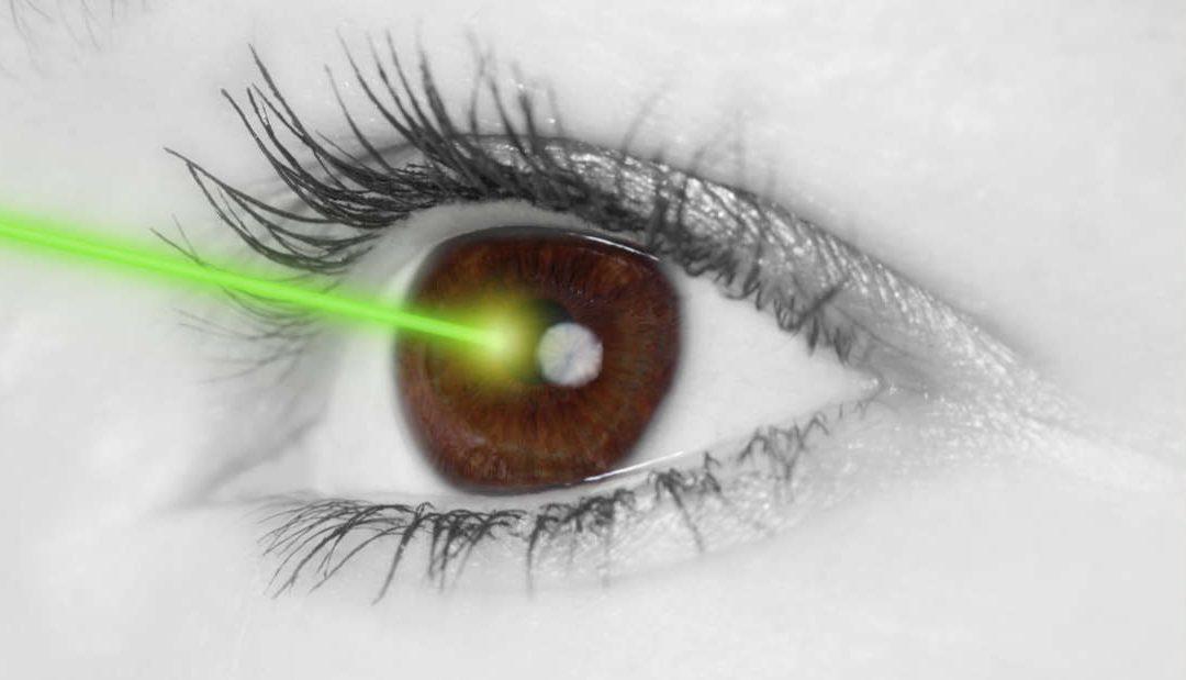 Ini sebab kenapa tidak boleh menyuluh laser ke dalam mata
